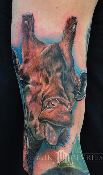 Mike DeVries   Giraffe Tattoo